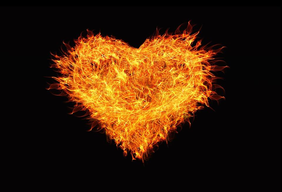 cœur enflammé